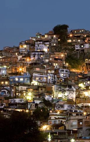 """General view at night: Favela Morro Da Providencia.  Brésil, Rio de Janeiro, août 2008 Issu de la série """"Women Are Heroes"""". Vue Générale de nuit : Favela Morro Da Providencia.  JR"""