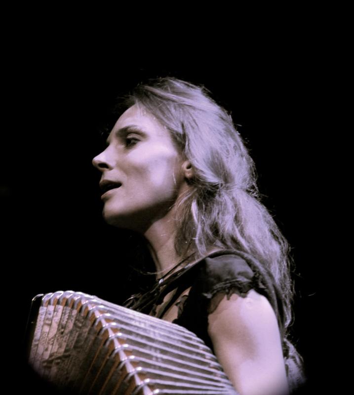 Zsuzsanna-chant-2010